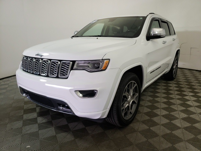 Pre-Owned 2020 Jeep Grand Cherokee Overland With Navigation