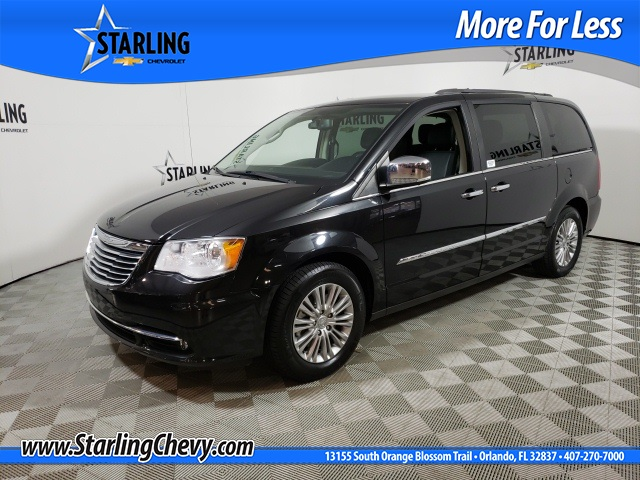 Pre-Owned 2016 Chrysler Town & Country Touring-L FWD 4D Passenger Van