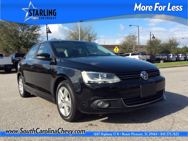Pre-Owned 2012 Volkswagen Jetta TDI With Navigation