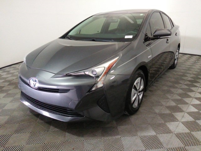 Pre-Owned 2016 Toyota Prius Four With Navigation